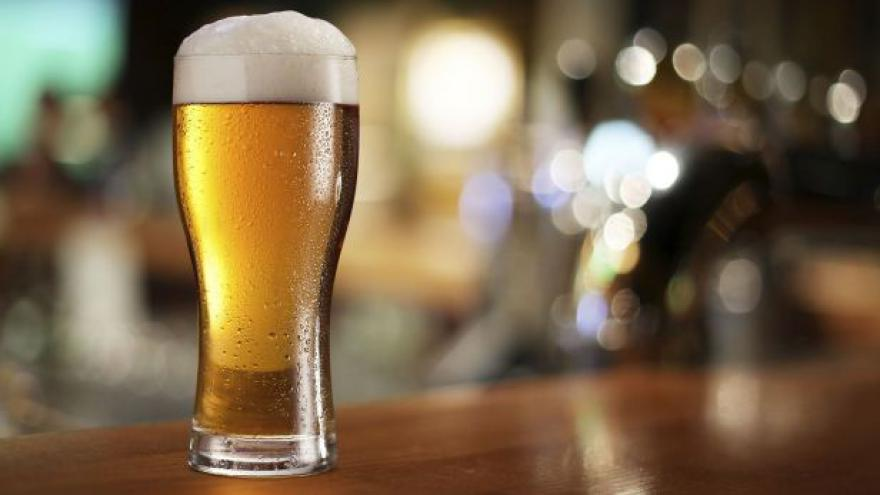 Video Točené nebo v lahvi? Pivovary podporují první variantu