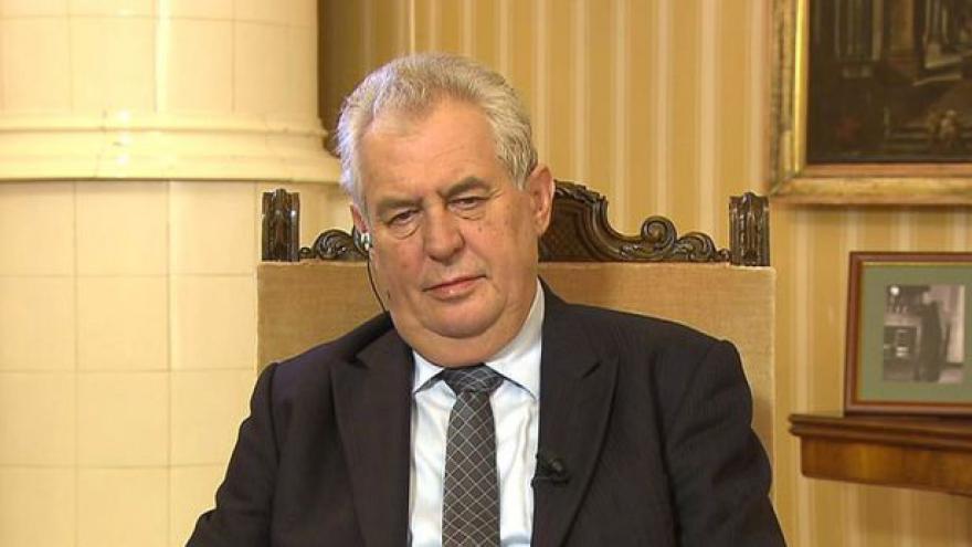 Video Prezident Miloš Zeman hostem Otázek Václava Moravce