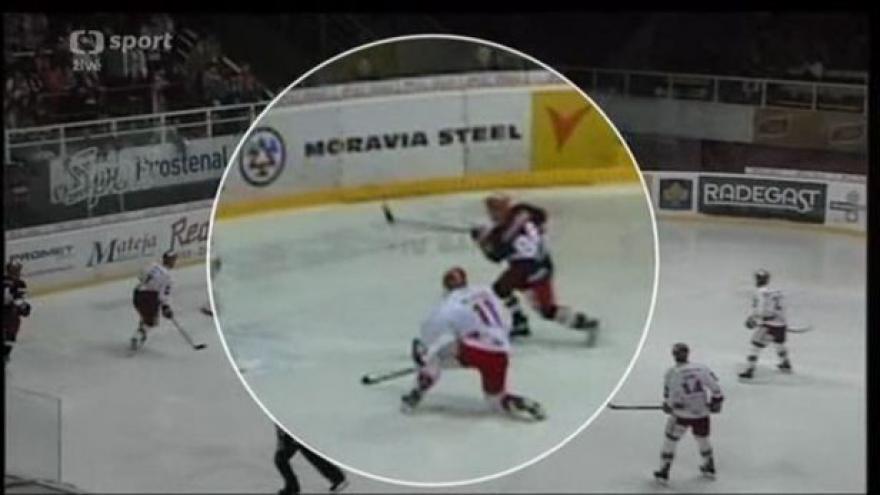 Video Kuriózní gól hradeckého Kudrny v rozboru Martina Hostáka