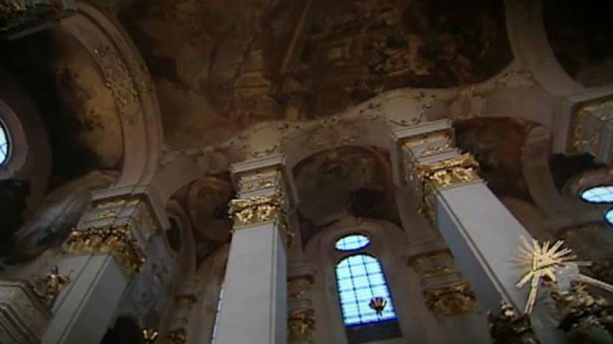 Video Miloš Zeman k církevním restitucím