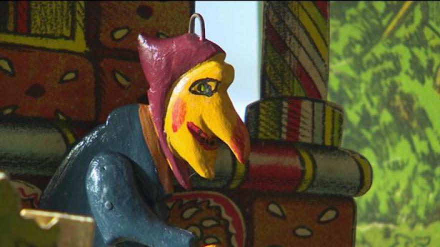 Video Chrudimské muzeum získalo staré loutky