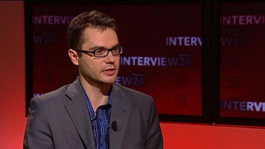 Video Rozhovor s S. Polčákem (TOP 09) a politologem M. Znojem
