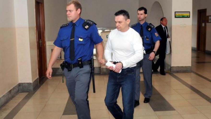 Video Soud snížil trest pachateli brutální vraždy