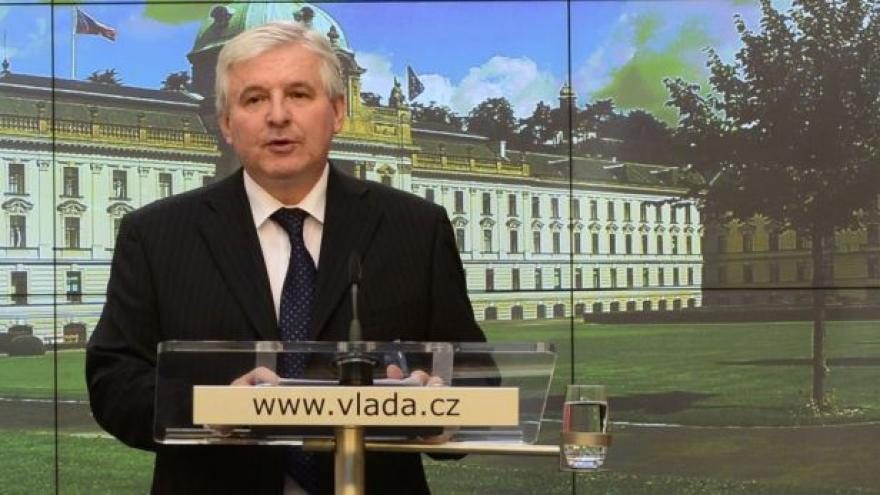 Video Premiér Rusnok představil priority své vlády