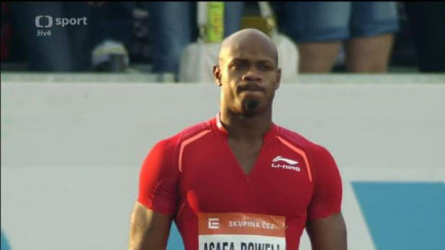 Video Zlatá tretra: Opakovaný závod mužů na 100 metrů