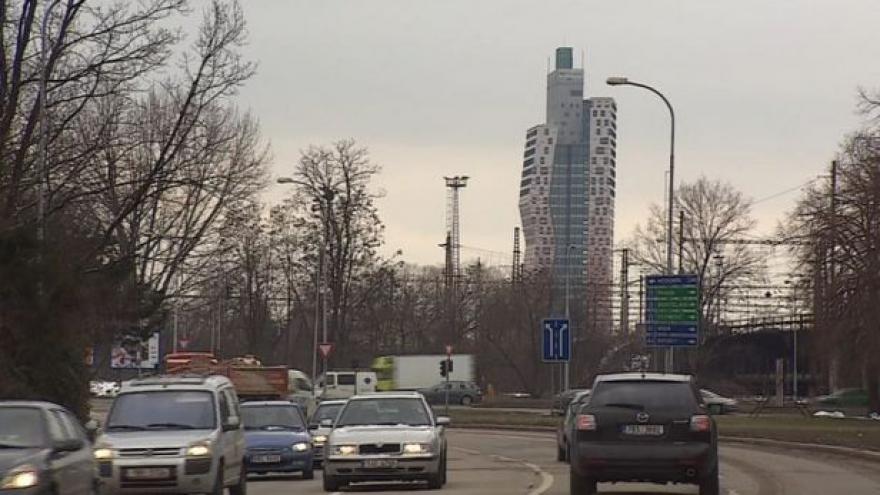 Video No comment: Nejvyšší budova Česka