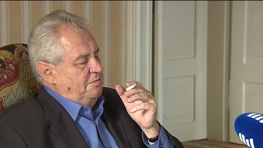 Video Prezident Zeman zřejmě preferuje úřednickou vládu