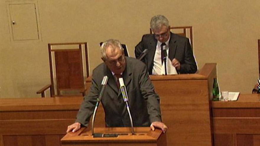 Video Projev prezidenta Miloše Zemana v Senátu