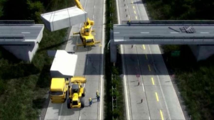 Video Události k uzavírce D1 kvůli bourání mostu