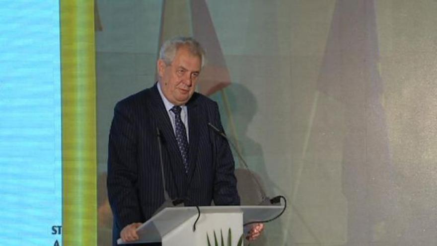 Video Projev prezidenta Miloše Zemana na sněmu STAN