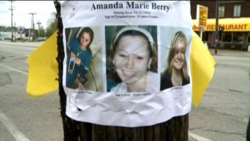 Video Tři unesené Američanky jsou na svobodě (Zprávy 12)
