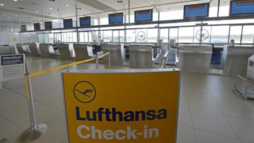 Video Stávka Lufthansy zasáhla 1 700 letů a 150 tisíc cestujících