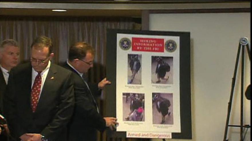 Video FBI zveřejnila záběry dvou podezřelých
