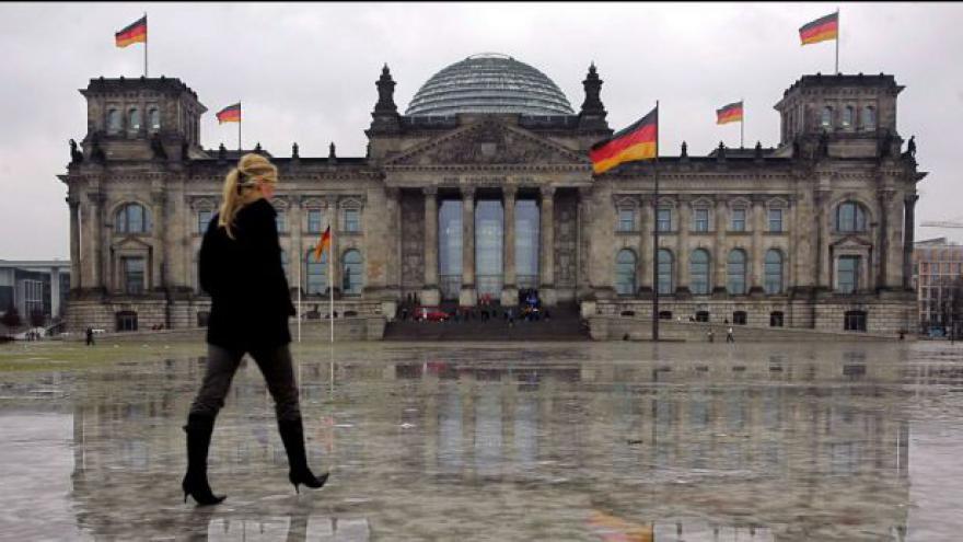 Video Němečtí poslanci řekli ANO úvěru pro Kypr