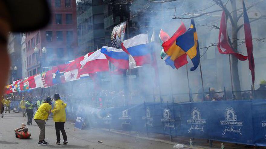 Video Obama k Bostonu: Je to odporný a zbabělý teroristický čin