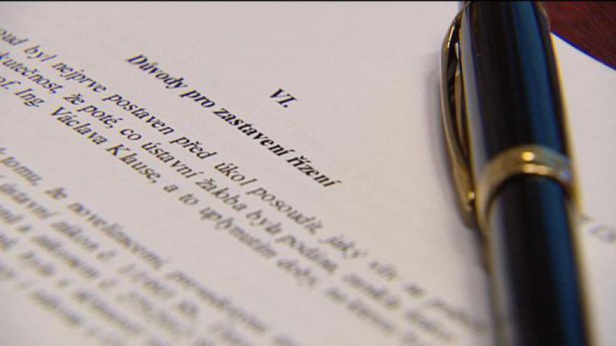 Video Žalobou na Klause se Ústavní soud zabývat nebude