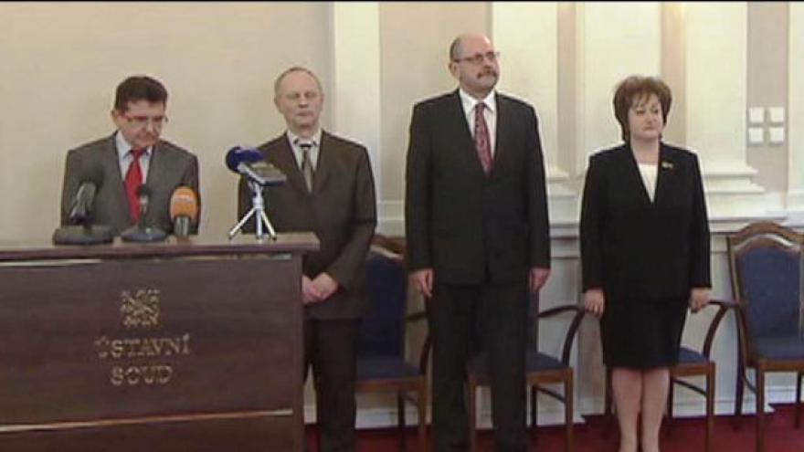 Video Zeman odtajnil své kandidáty na ústavní soudce