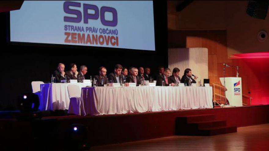 Video Zemanovci obměnili vedení, prezident popřál štěstí