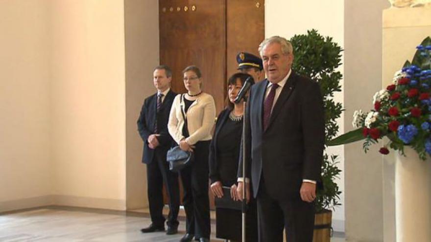 Video Projev Miloše Zemana před diplomaty