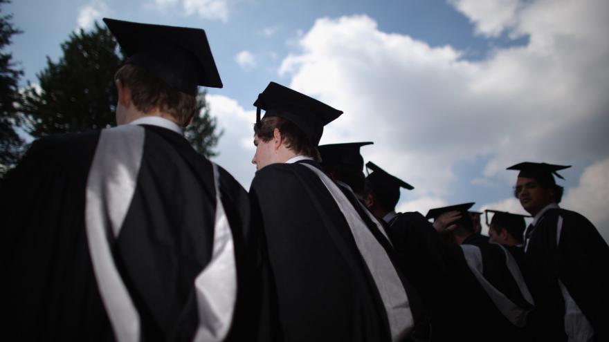 Video Rezlerová: Absolventi škol mají často nereálně představy