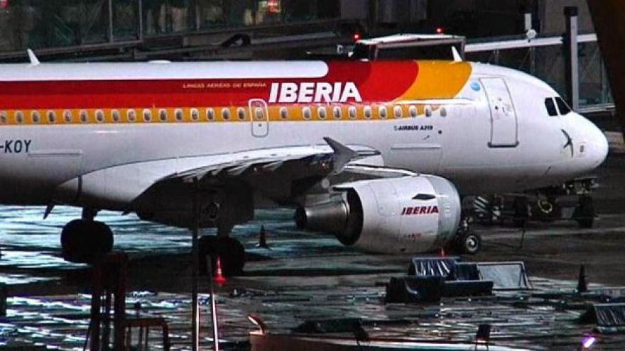 Video Leteckou společnost Iberia zasáhla stávka