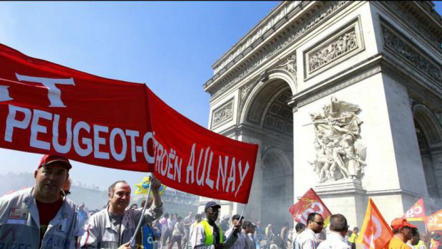 Video Francouzská PSA utrpěla obří ztrátu