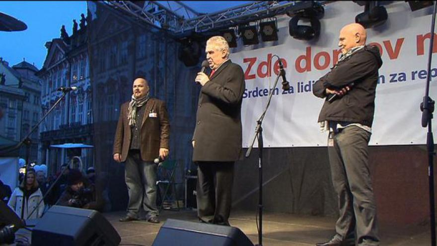 Video Účet za Zemanovu kampaň zřejmě přesáhne 20 milionů
