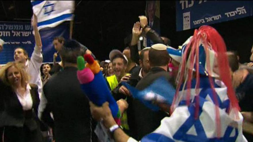 Video Novou izraelskou vládu sestaví Netanjahu, nezakrývá ale zklamání