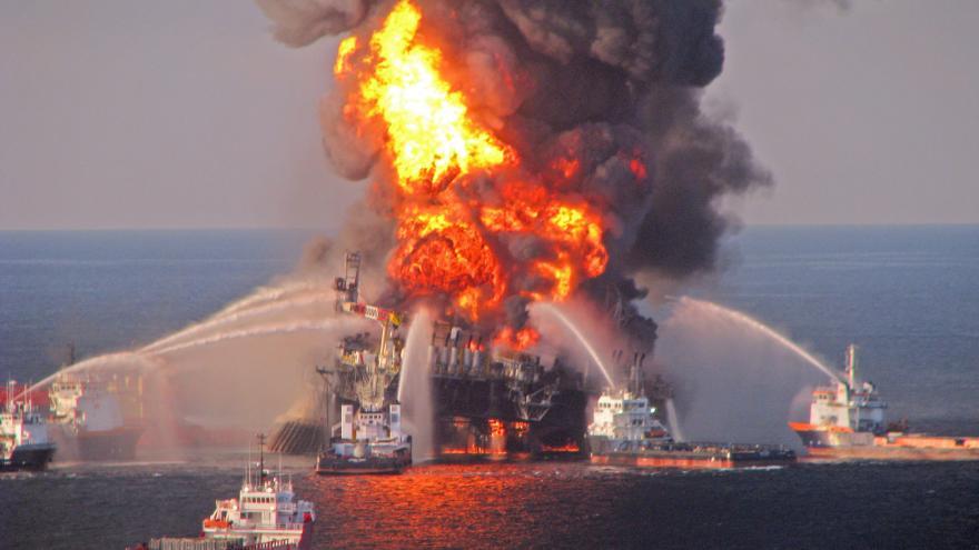 Video Ropná společnost BP zaplatí v přepočtu 460 miliard korun