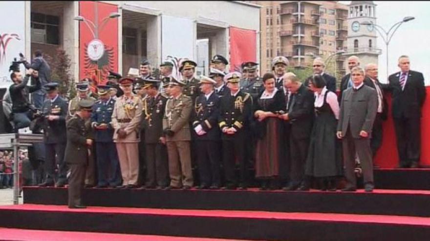 Video Albánie oslavila 100 let