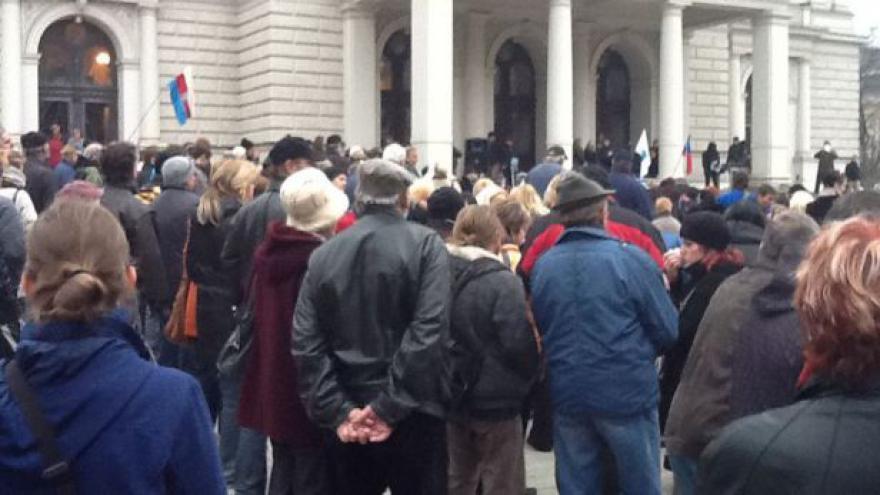 Video NO COMMENT: Shromáždění na Malinovského náměstí v Brně