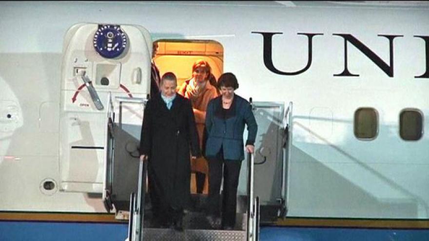 Video Clintonová a Ashtonová v Kosovu