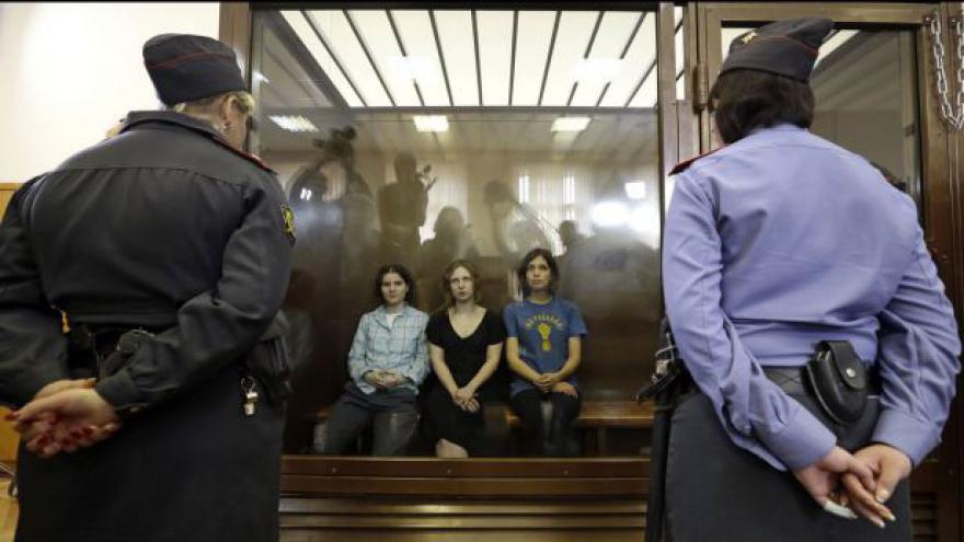Video Události k soudu s Pussy Riot