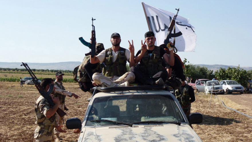 Video Zaorálek k Sýrii: K jednacímu solu musí usednou všichni kromě extremistů