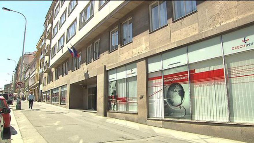 Video Události: Policie prohledává CzechInvest