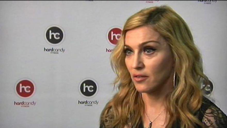 Video Madonna se postavila za Pussy Riot
