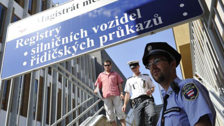 Video Dopolední situace s registrem v Česku