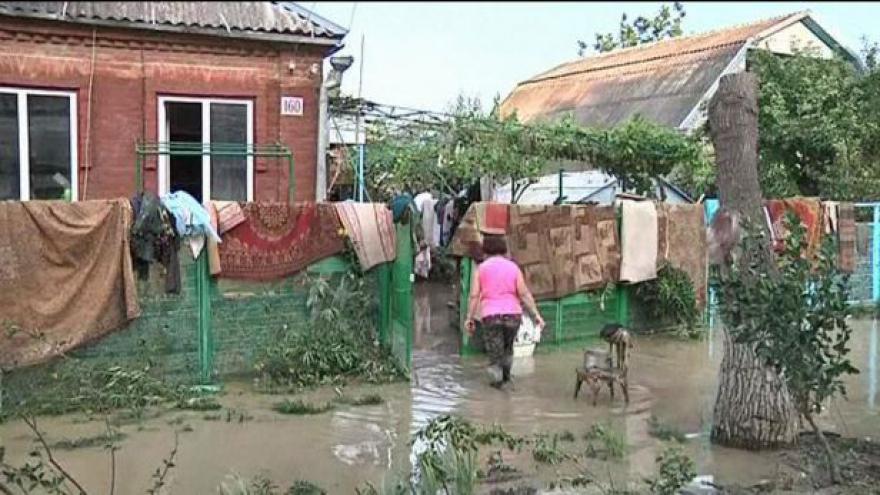 Video Rusko drží smutek za oběti záplav