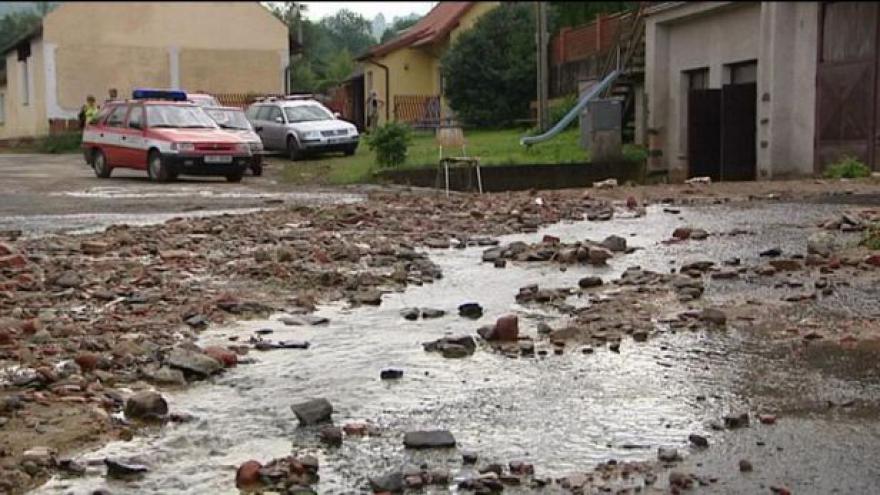 Video Události v regionech: Na Klatovsku udeřily bleskové povodně