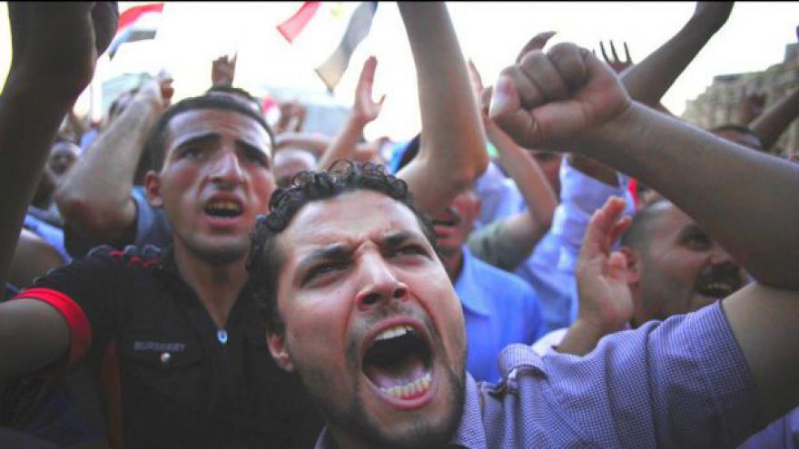 Video Káhira je plná Mursího stoupenců i odpůrců