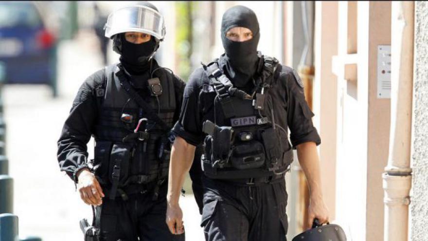 Video Drama rukojmích v Toulouse