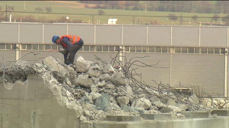 Video Dálnici D1 čekají opravy