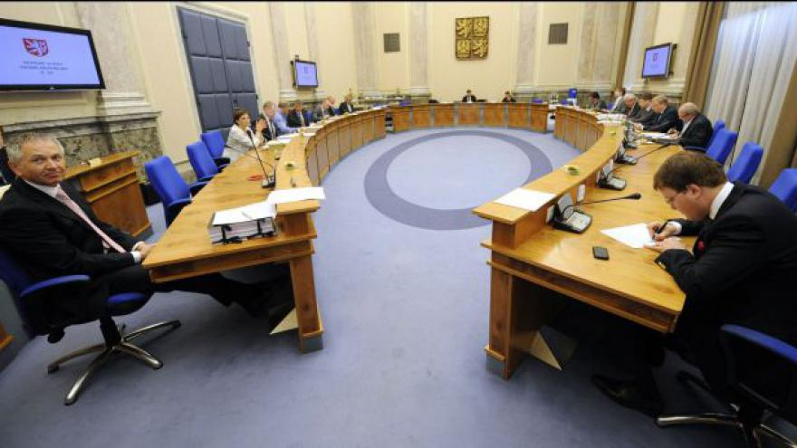 Video Brífink ČSSD k rozhodnutí vlády