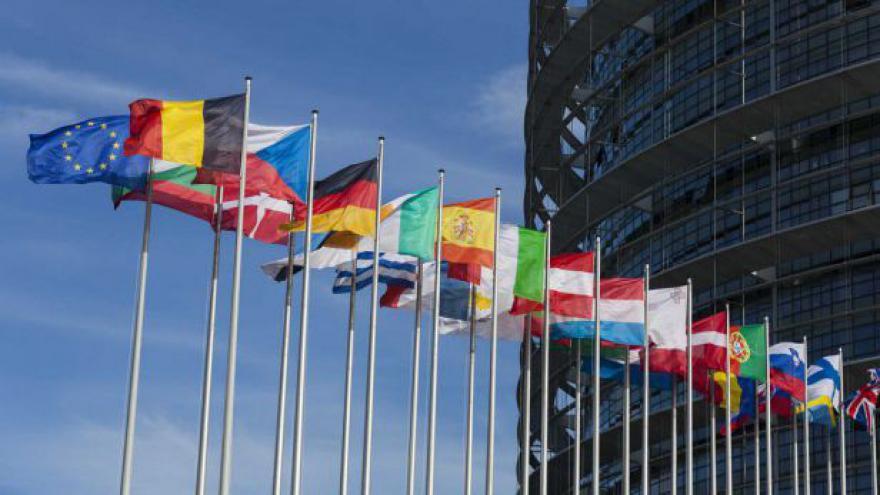 Video O oživení ekonomiky budou v Bruselu jednat lídři zemí EU