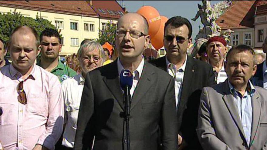 Video ČSSD chce podzimní volby jako referendum o vládě