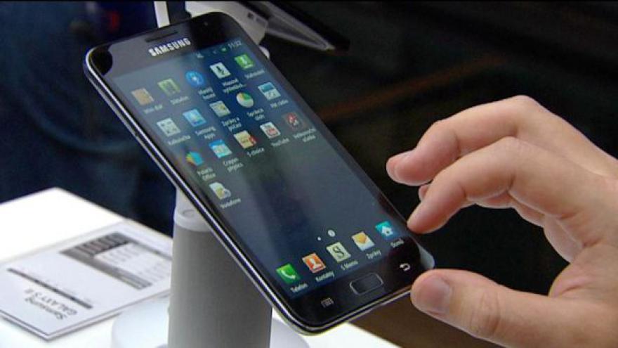 Video Ekonomika ČT24: Dohoda mezi Applem a Samsungem