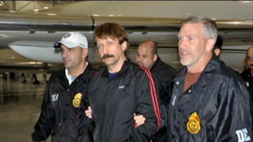 Video Viktor But odsouzen na 25 let vězení