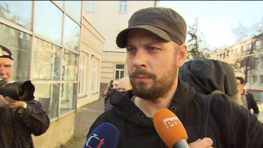 Video Rozhovor s Romanem Týcem bezprostředně po propuštění