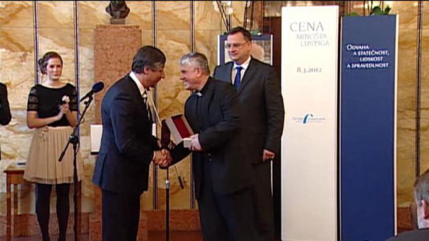 Video Slavnostní předání Ceny Arnošta Lustiga