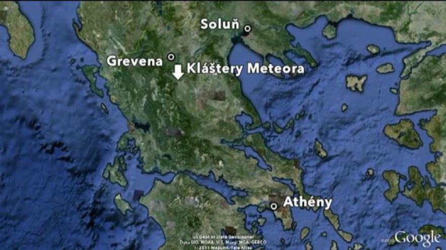 Video Při nehodě minibusu v Řecku zemřeli tři Češi
